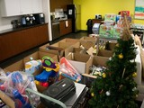 Vigilant Global donates $4000-worth of goods for Spirit of Giving 2013 campaign